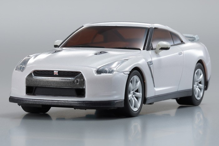 fx 101 dnano nissan gt r r35 blanche kyosho. Black Bedroom Furniture Sets. Home Design Ideas