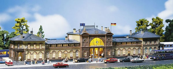 Mod/élisme F212113 Gare de Bonn Faller