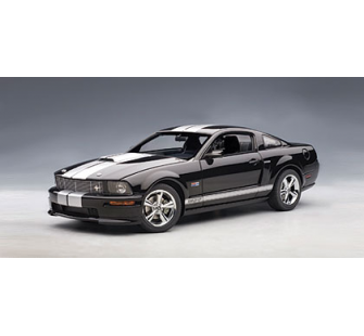 Ford Mustang Shelby GT 07 AutoArt 1/18 - T2M-A73118