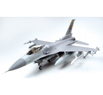 F-16CJ Fighting Falcon Tamiya 1/32 - TAM-60315