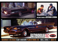 1:25 Batman 1966 Batmobile with Batman and Robin figures - POL920