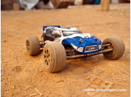 TWISTER TRUGGY 2WD 2.4G RTR - LRP-2700120511