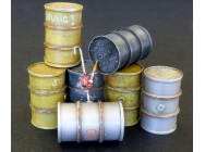 German fuel barrels - 1:35e - Plus model - 515