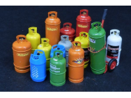 Gas bottles-big - 1:35e - Plus model - 520