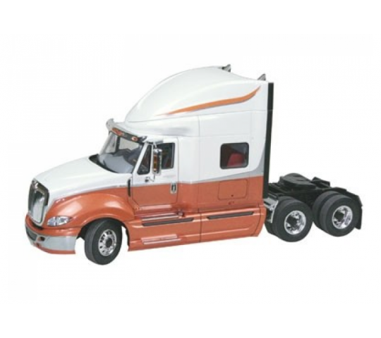 2011 International ProStar - Revell - REZ-REVELL-07411